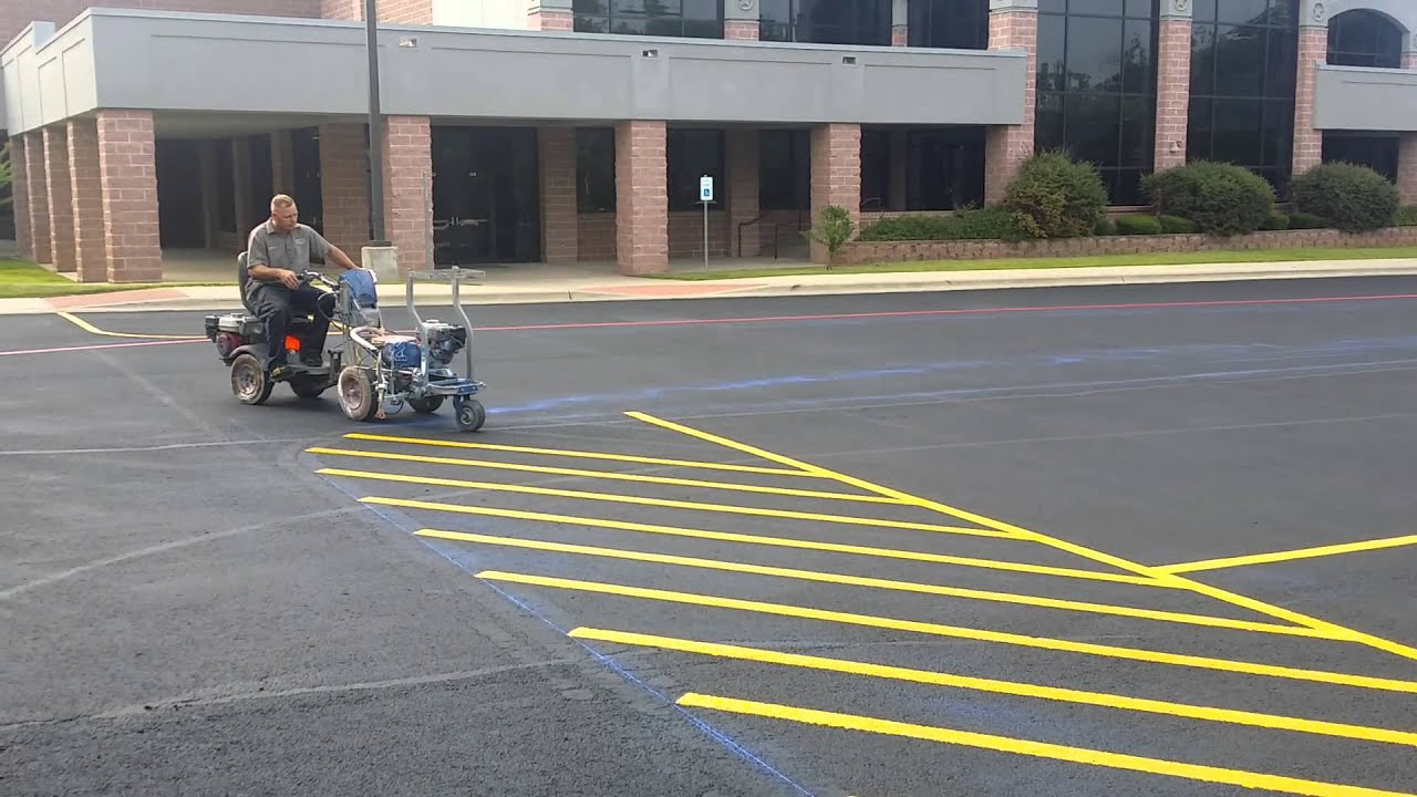 Professional Parking Lot Striping Linelazer 3900 Doovi