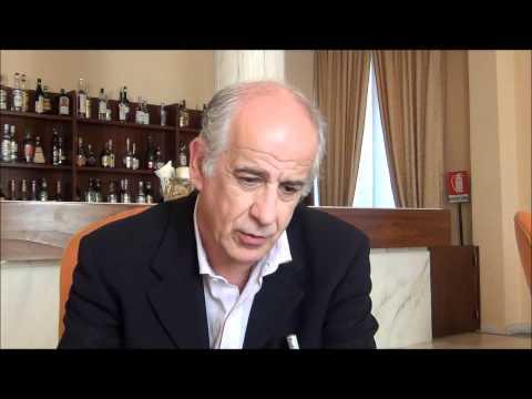 Intervista a Toni Servillo, di Giovanni Bogani