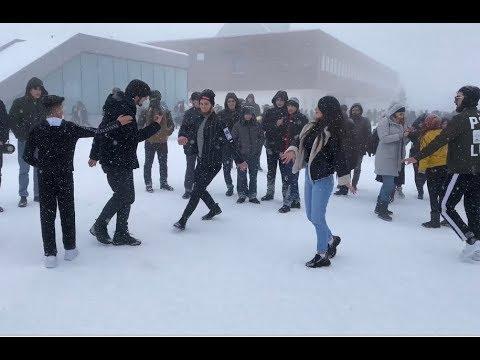 Девушки Танцуют С Парнями На Кавказе Круто Ловзар Шахдаг Тур 2020 Lezginka Shahdag ALISHKA Dance