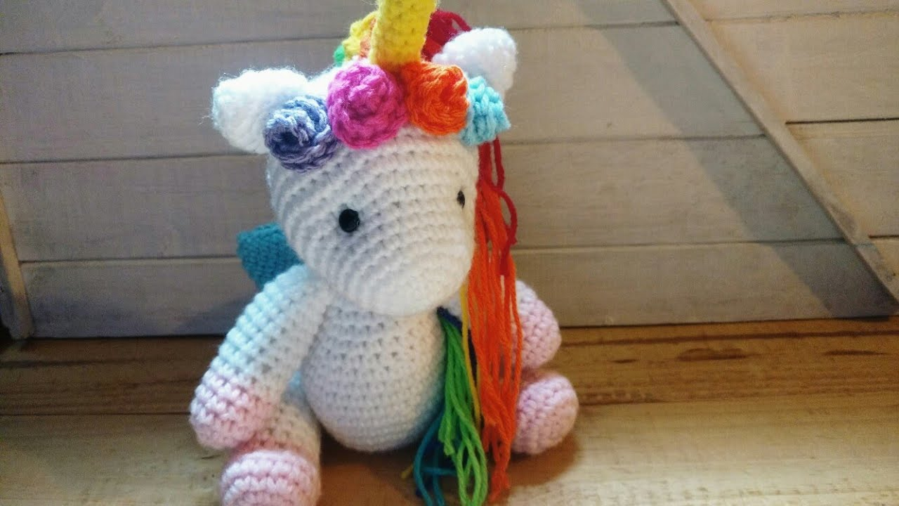 Shy unicorn amigurumi pattern - Amigurumi Today | 720x1280