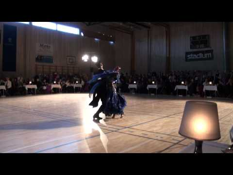 Hugo Gustafsson and Paulina Andersson viennese Waltz
