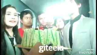 Video Kejutan Ulang Tahun Aliando dari Prilly dan Fans (cr as wm) download MP3, 3GP, MP4, WEBM, AVI, FLV September 2018