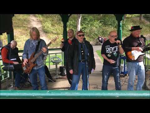 Keytones live at Northumberland Park!