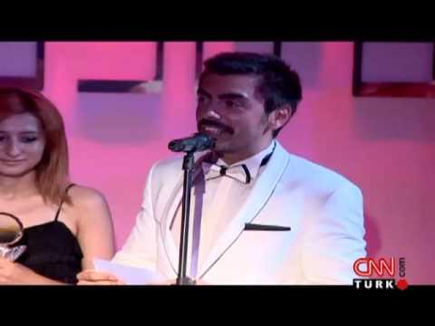 CNN TÜRK spikeri Burak Törün'e ödül!