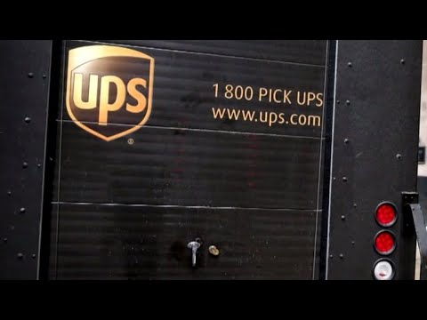 Ups Avoids Worker Strike With Tentative Agreement With Union Youtube