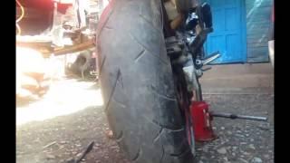 Ремонт мото шины ( прокол на honda cb600 )(, 2015-05-26T12:50:27.000Z)