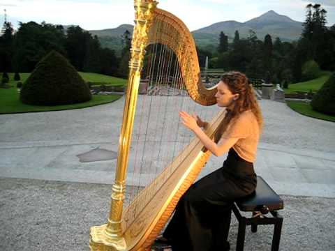 Irish Harpist Claire O'Donnell for Weddings and events in Ireland