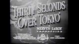 1944 - Trinta Segundos Sobre Tóquio - Spencer Tracy - abertura do filme