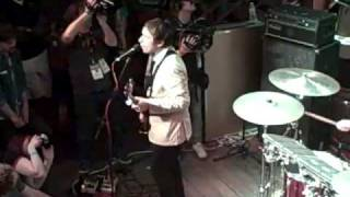 "SXSW 2009: Peter Bjorn And John - ""It Don"