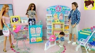 Barbie Mama y Sus Hijos van de Compras a la Tienda de Bebes - Los Juguetes de Titi thumbnail