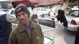 conversation with cycle rickshaw driver in Delhi Lajpat Nagar 1 of 2