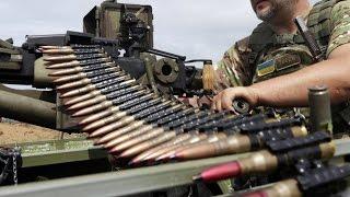 Украина обстреляла пригород Донецка. Ранены местные жители. 04.11.15. Новости Украины сегодня