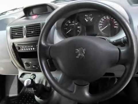Peugeot Expert Exterior Interior Tour Of A 10 Plate Expert 1000 1 6 Hdi Swb Low Roof Panel
