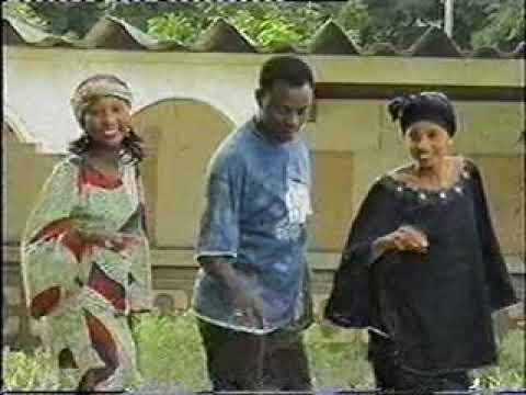 Download Wakar sadiya gyale. zainab Idris.adam Zango