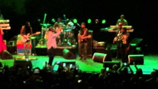 Beres Hammond with Tarrus Riley -  Groovy little thing @ Reggae Fever Oosterpoort Groningen