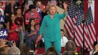 Clinton contrataca tras viaje de Trump a México