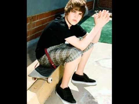 Justin Bieber - Runaway Love [REMIX] {LYRICS} + Mp3 Download  feat. Kanye West & Raekwon
