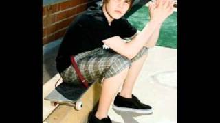 Justin Bieber - Runaway Love [REMIX] {LYRICS} + Mp3 Download  feat. Kanye West & Raekwon
