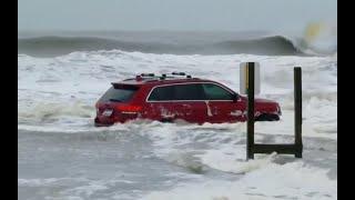 WATCH: Driver abandons SUV on Myrtle Beach during Hurricane Dorian