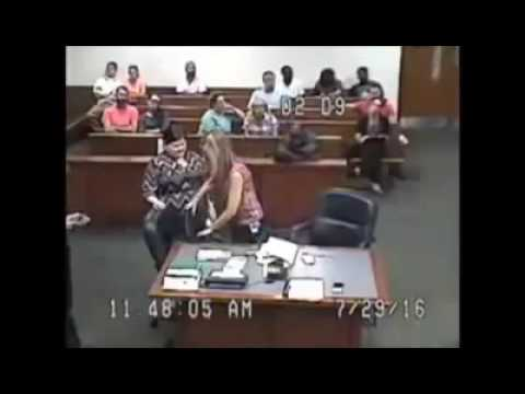 Louisville Judge Outraged by Female Inmate in Court 'Without Pants'