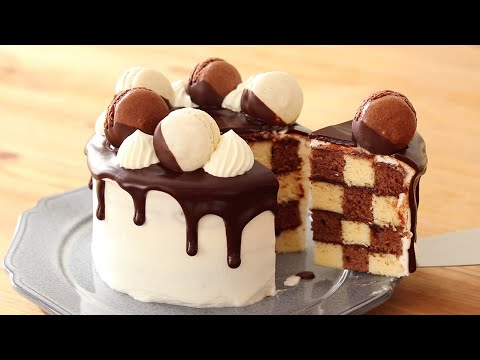 Chocolate chess board cake