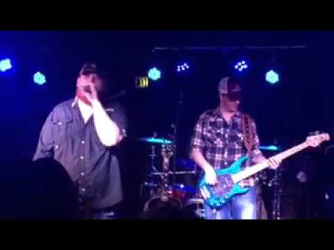 Download Youtube: Luke Combs- One number away (live at Zydeco Birmingham)