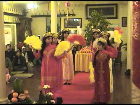 Lunar New Year 2014 TET  GIAO THUA DON XUAN