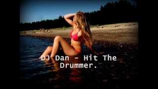 Play Hit The Drummer