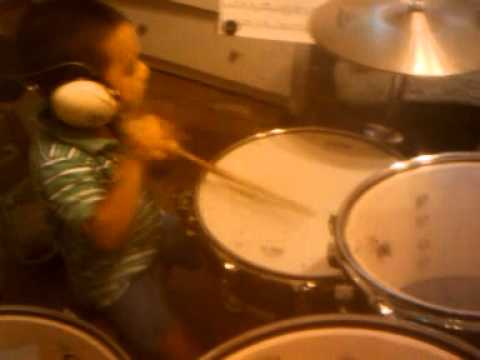 chilos drum student isai alonso