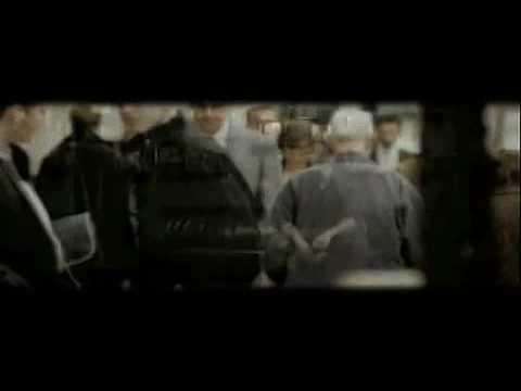 Alla mia età - Tiziano Ferro - Video Ufficiale + Testo