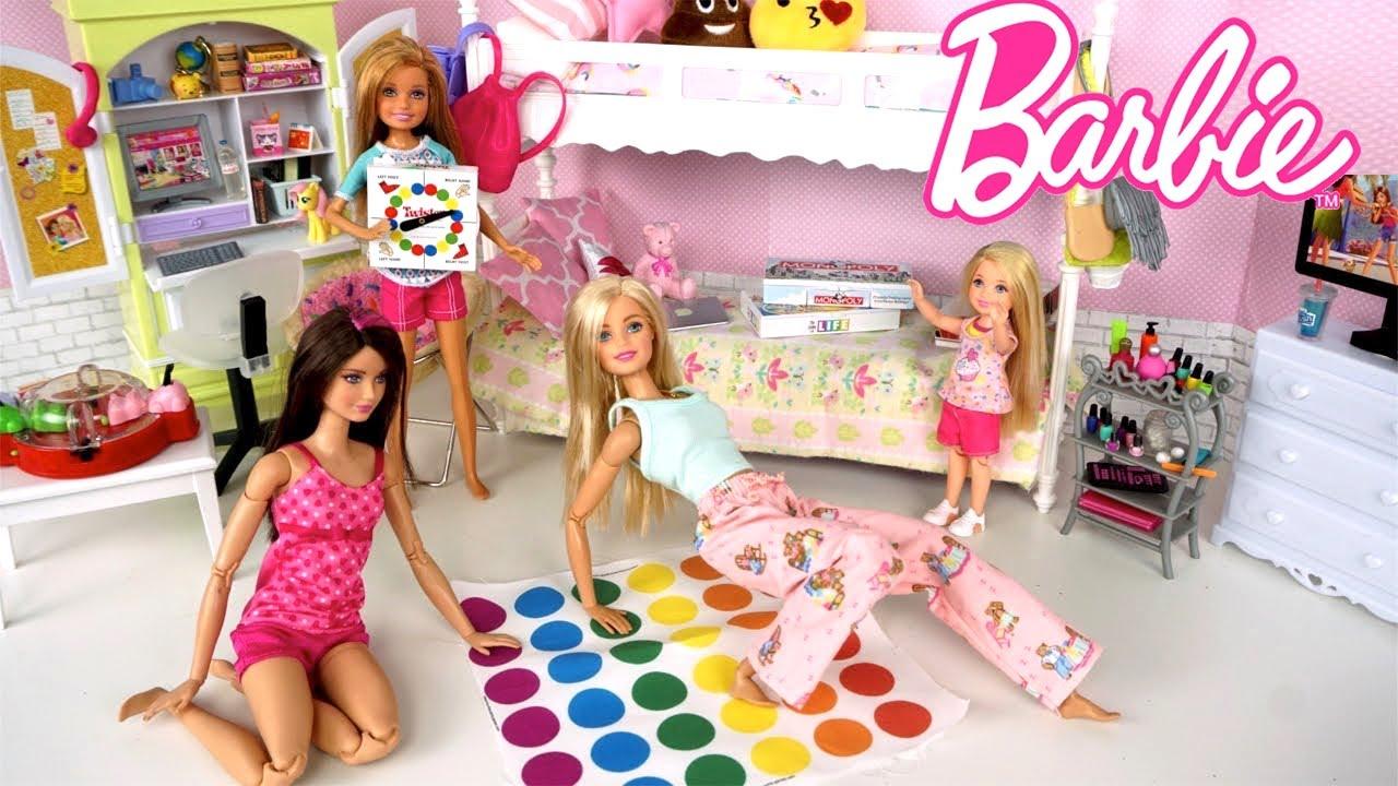 Barbie Dolls Summer Night Routine & Pink RV Camping Trip