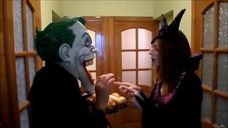 Человек паук поцелуй для принцессы Мариан против Малефисенты против Джокера горький плачь.