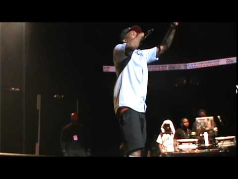 YG doing the blood walk across stage..for more footage go on youtube swagg gossip