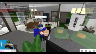 "Roblox Bloxburg // Truth Or Lie Experiment {{ A PERSON CALLED ME A ""SCAM""??!!??}}"