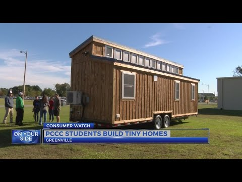 Pitt Community College students put final touches on tiny house