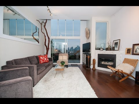 Furnished TH w/ Private Roof Deck ID: 4608