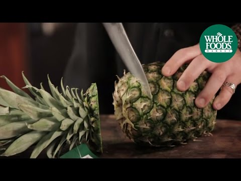 How to cut a pineapple thumb