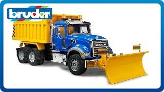 MACK Granite Dump Truck with Snow Plow Blade #02825