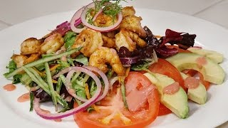 Blackened Shrimp Salad With Raspberry Vinaigrette