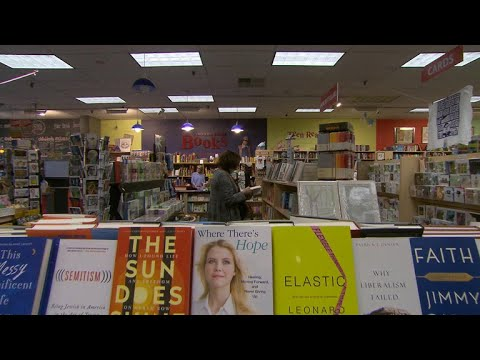 Independent bookstores thrive with local appeal
