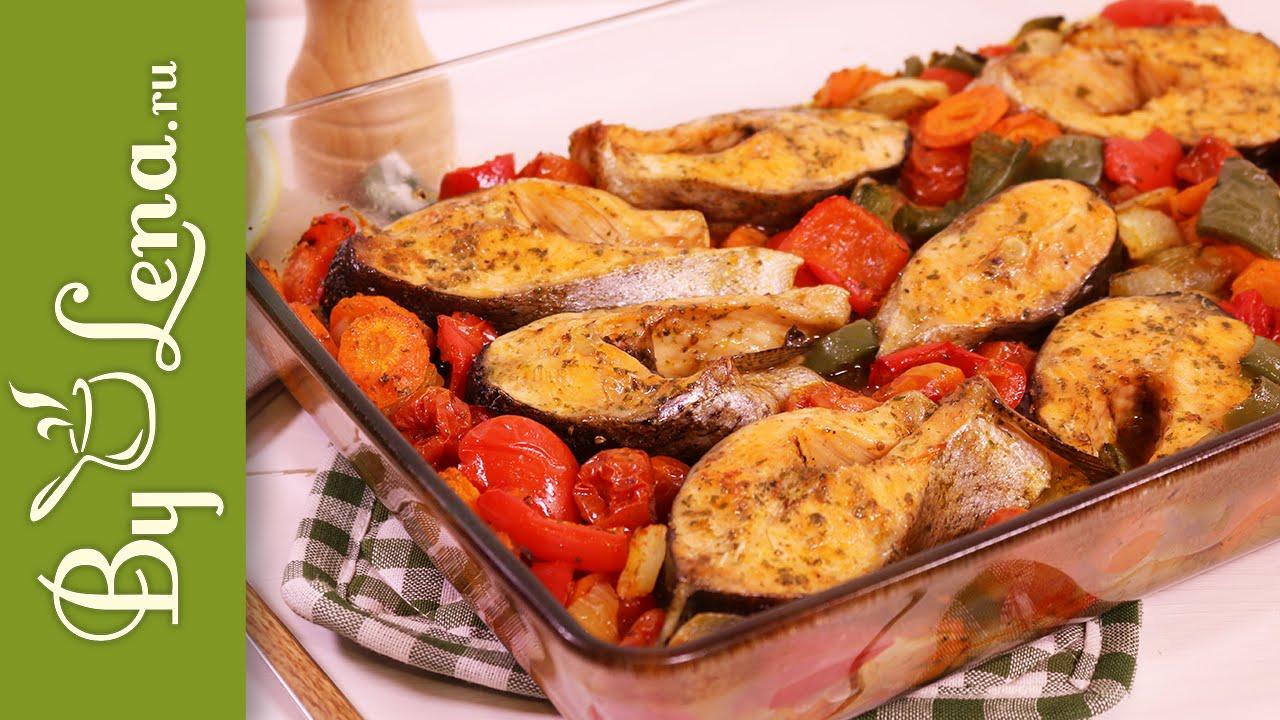 Запеченная рыба в духовке с овощами - быстро, вкусно, красиво и полезно!