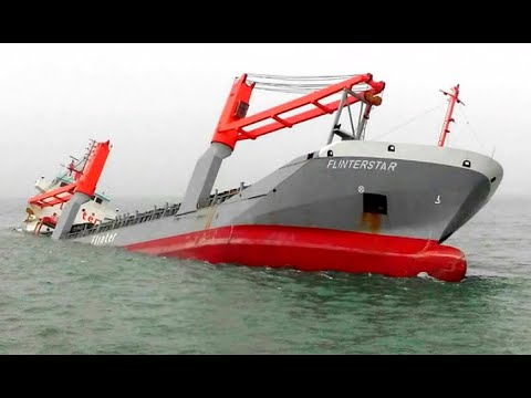 Top 10 Large Ships Collision! Sinking Ships Crashing