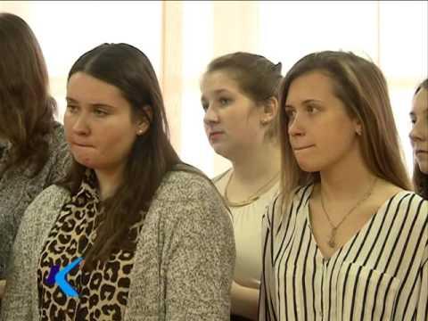 02 12 15   Российские выпускники написали итоговое сочинение