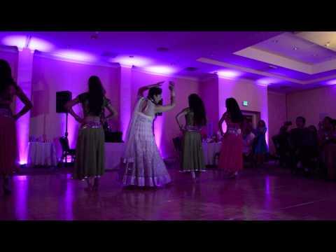 Mere Haathon Mein Nau Nau Chudiyan + Mere Dholna Dance Performance - by Haseen Dance Company