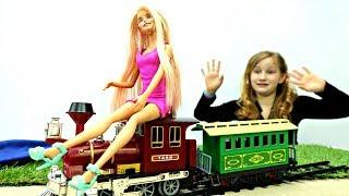 Барби едет на море. Игры с куклами для девочек
