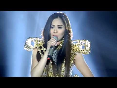 24SG Concert CEBU   Sarah sings Anak