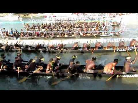 Solomon Island Tomoko War Canoes arriving to greet Pacific Voyager Vakas