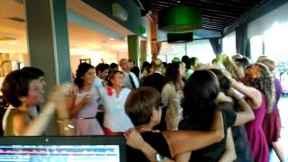 Mariachis jaialai en restaurante alameda