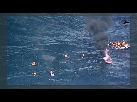 afpbr: Barco com migrantes pega fogo em alto mar