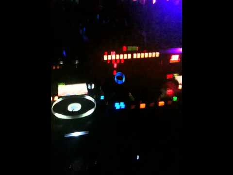 Tony Romera played Ellie Goulding - The Light (dBerrie Remix) @ César Palace